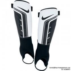 Nike Espinillera NIÑO TIEMPO SHIELD II blanca negro