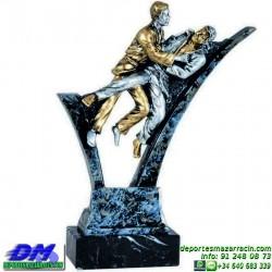 Trofeo Judo 5620 judoca yudoca premio diferentes alturas pallart tamaños chapa grabada