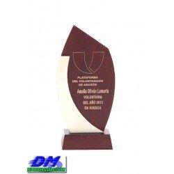 Trofeo Madera 5207 laser texto logotipo escudo diferentes alturas logotipo escudo premio deporte pallart metacrilato