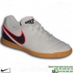 Nike TIEMPO RIO 3 Futbol Sala NIÑO BLANCA 819196-001 junior Sergio Ramos  Pique Varane 9f09ad7cb581a