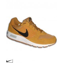 Nike NIGHTGAZER Marron Sneaker 644402-700