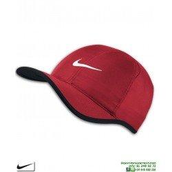 Gorra NIKECourt AeroBill Featherlight Tennis Cap Rojo 679421-657 visera curva