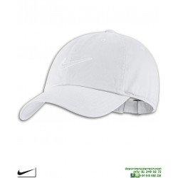 Gorra NIKE Clasica Heritage86 Cap Blanca 943091-100 visera curva logo swoosh Sportswear Essentials
