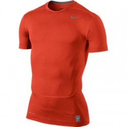 camiseta interior Nike core compression SS top Futbol ajustada
