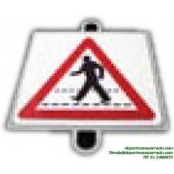 señal de trafico PELIGRO PEATONES educación vial escuela