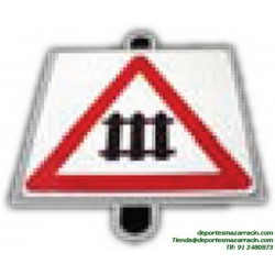 señal de trafico PELIGRO PASO A NIVEL CON BARRERAS vial