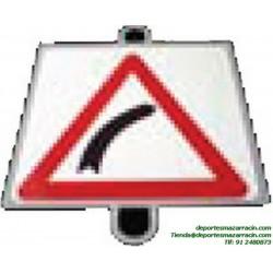 señal de trafico PELIGRO CURVA DERECHA educación vial escuela