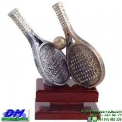 Trofeo Padel 5449 copa premio pala jugador diferentes alturas pallart tamaños chapa grabada