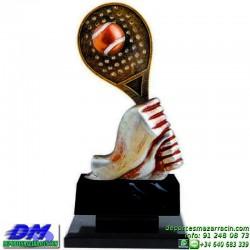 Trofeo Padel 5454 copa premio pala jugador diferentes alturas pallart tamaños chapa grabada