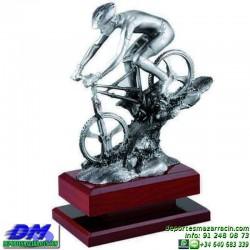 Trofeo Mountain Bike 5490 copa premio diferentes alturas pallart ciclismo ciclista tamaños chapa grabada