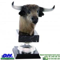Trofeo Toros 5666 torear ganaderia recortes cabeza premio pallart diferentes alturas tamaños chapa grabada