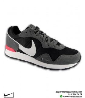 Zapatilla Nike VENTURE RUNNER Negro-Gris